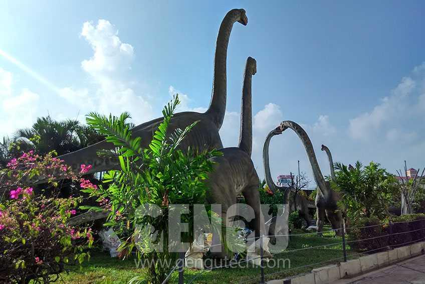 Amazing Dinosaurs In Komtar