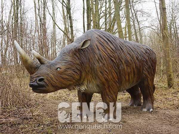 32(Rhinoceros)