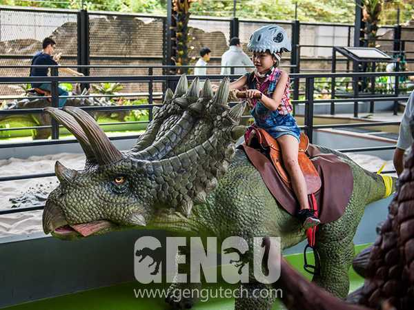 Anchiceratops Walking Ride(AR-103)