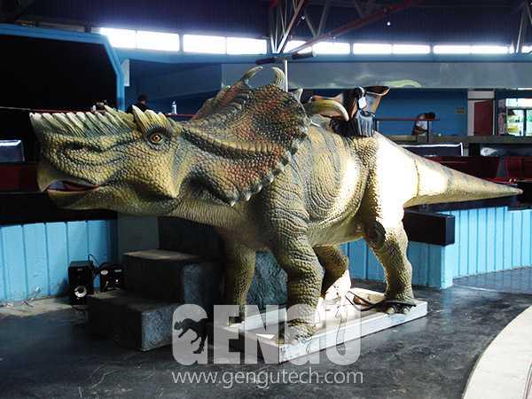 Pachyrhinosaurus Ride(AR-1207)